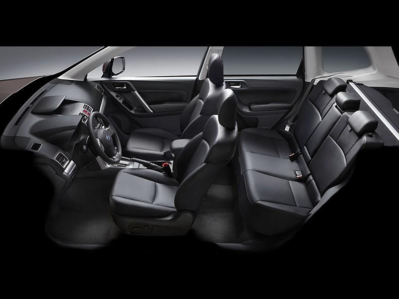 Subaru Forester 2015 салон