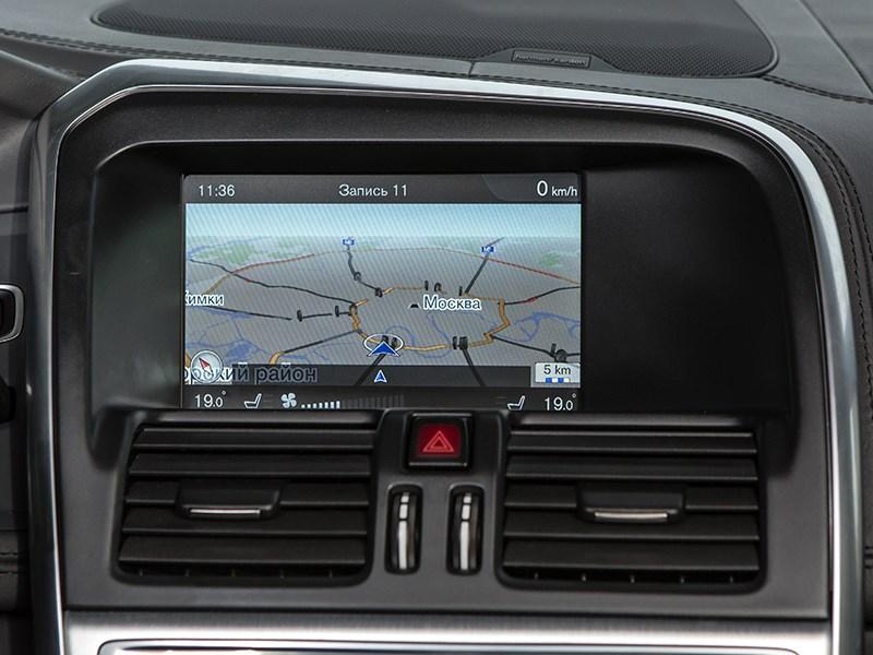 Volvo XC60 2014 монитор