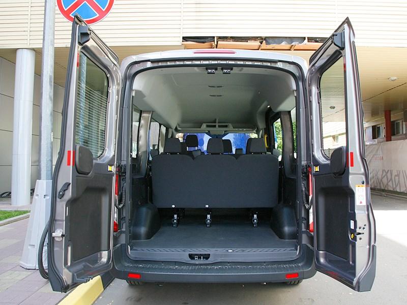 Ford Transit 2015 задние двери