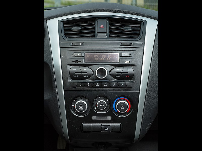 Datsun on-DO 2014 центральная консоль