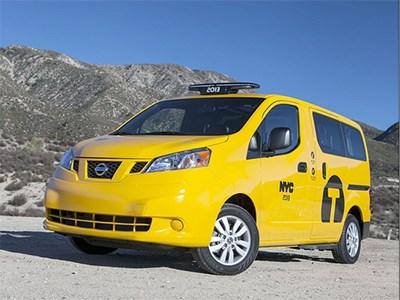 Таксопарк Нью-Йорка переведут на минивэн Nissan