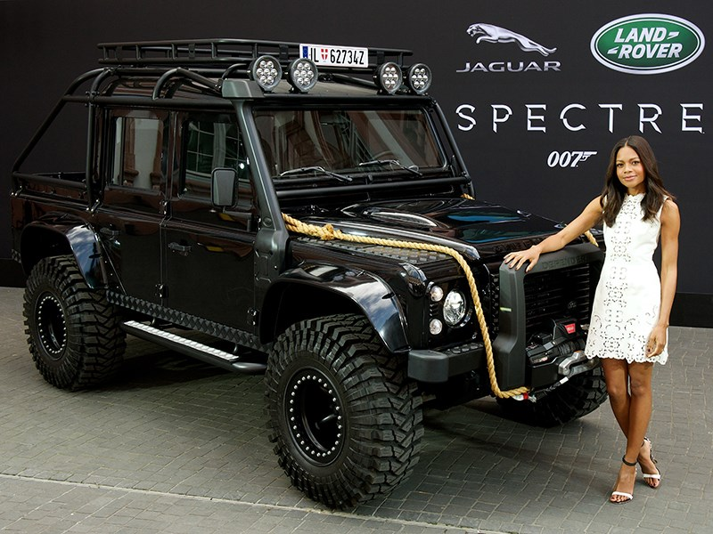 Land Rover Defender 110 Targa 2015 вид спереди