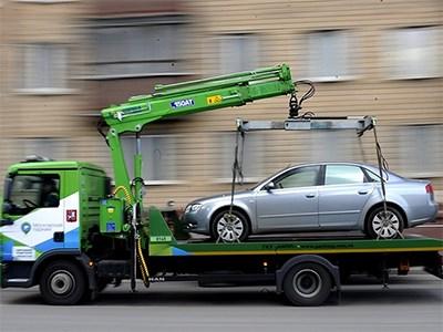 Депутаты предлагают ввести уголовное наказание за неправомерную эвакуацию автомобиля