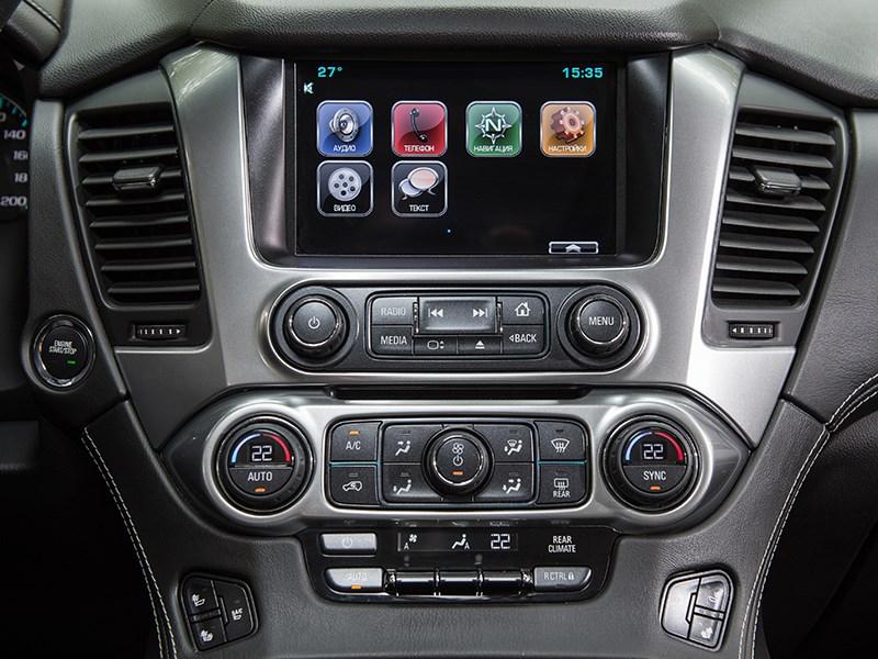 Chevrolet Tahoe 2015 центральная консоль
