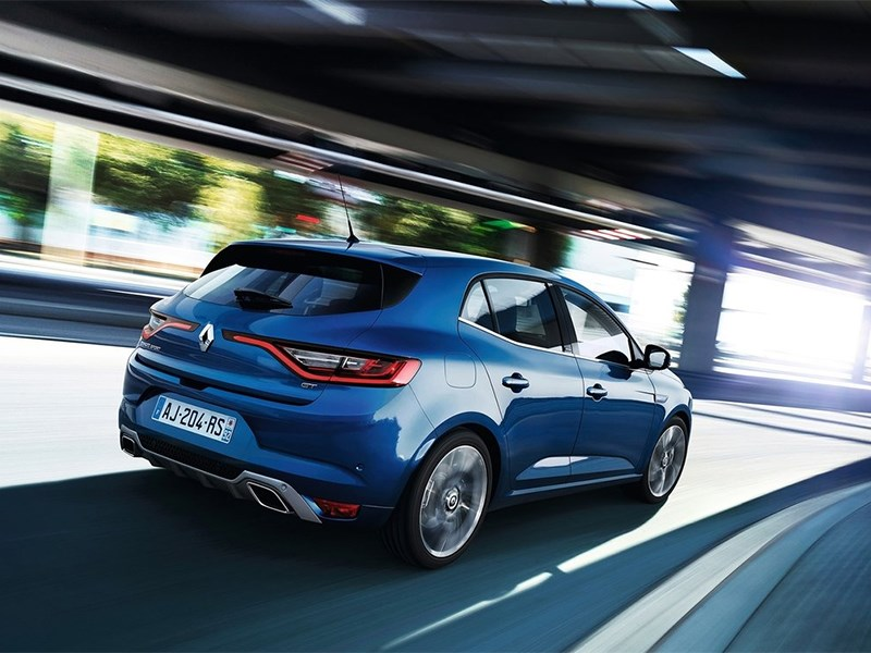 Renault Megane 2016 вид сзади