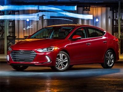 Hyundai привезли новый седан Elantra в Лос-Анджелес