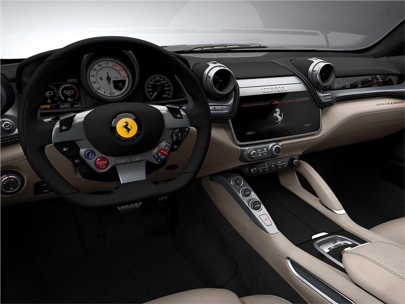 Ferrari GTC4 Lusso 2016 салон