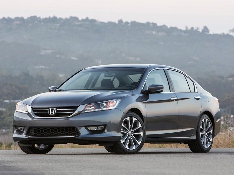 Honda рассекретила комплектации нового поколения Accord