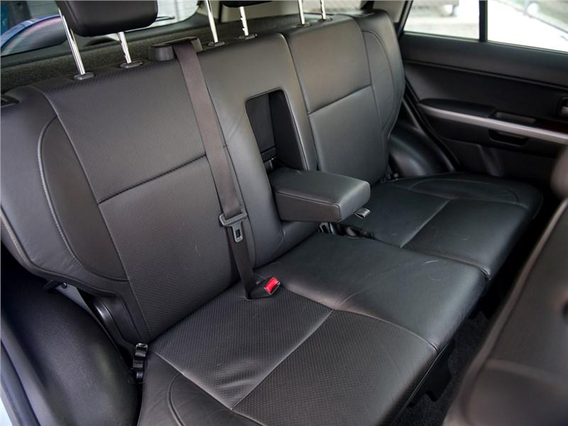 Suzuki Grand Vitara 2009 задний диван