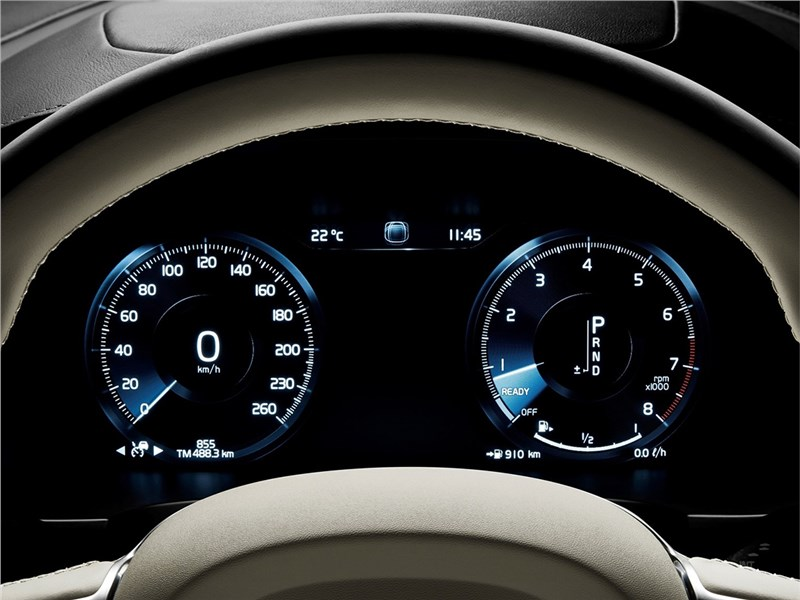 Volvo V90 Estate 2017 приборная панель