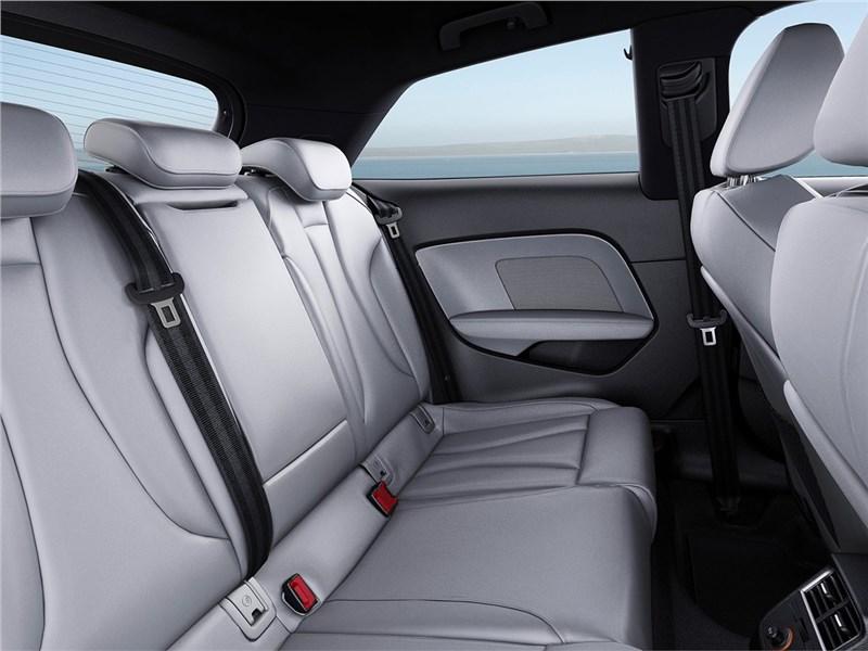 Audi A3 2017 задний диван