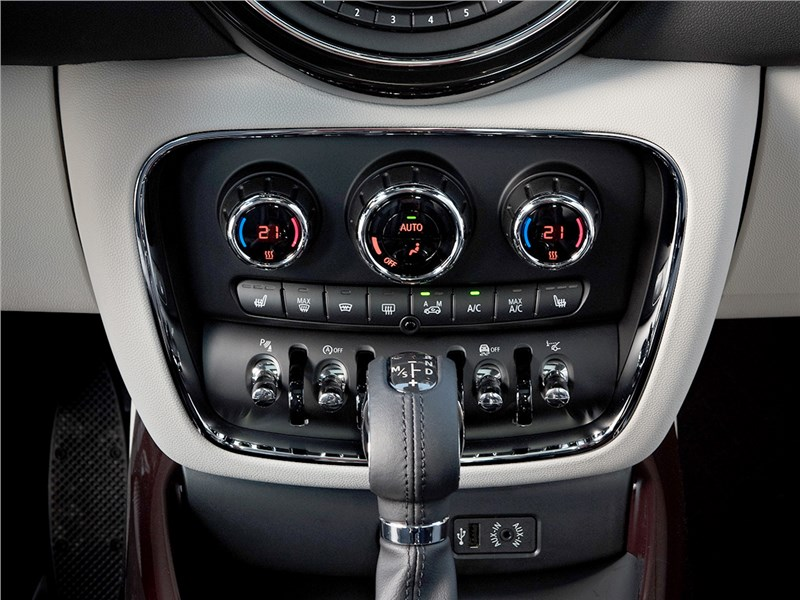 Mini Clubman Cooper S 2016 управление климатом
