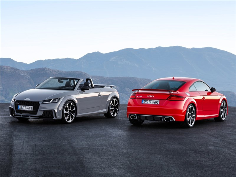 Audi TT RS Coupe & Roadster 2017