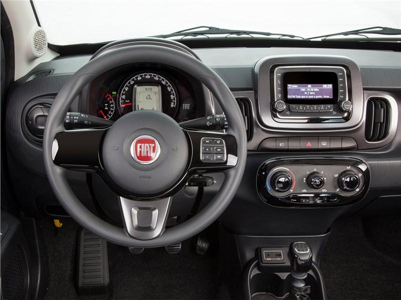 Fiat Mobi 2017 водительское место