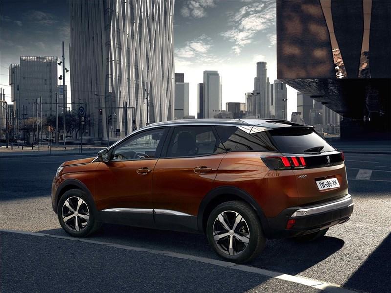 Peugeot 3008 2017 вид сбоку сзади