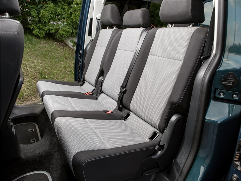 Volkswagen Caddy Maxi 2016 второй ряд