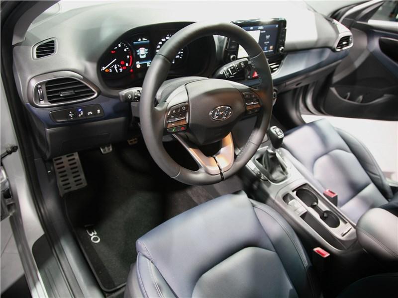 Hyundai i30 2017 салон