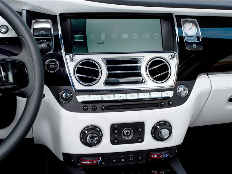Rolls-Royce Wraith 2013 центральная консоль