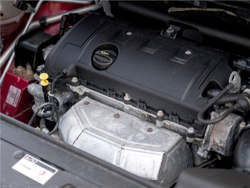 Citroen C4 2004 двигатель