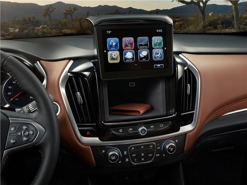 Chevrolet Traverse 2018 центральная консоль