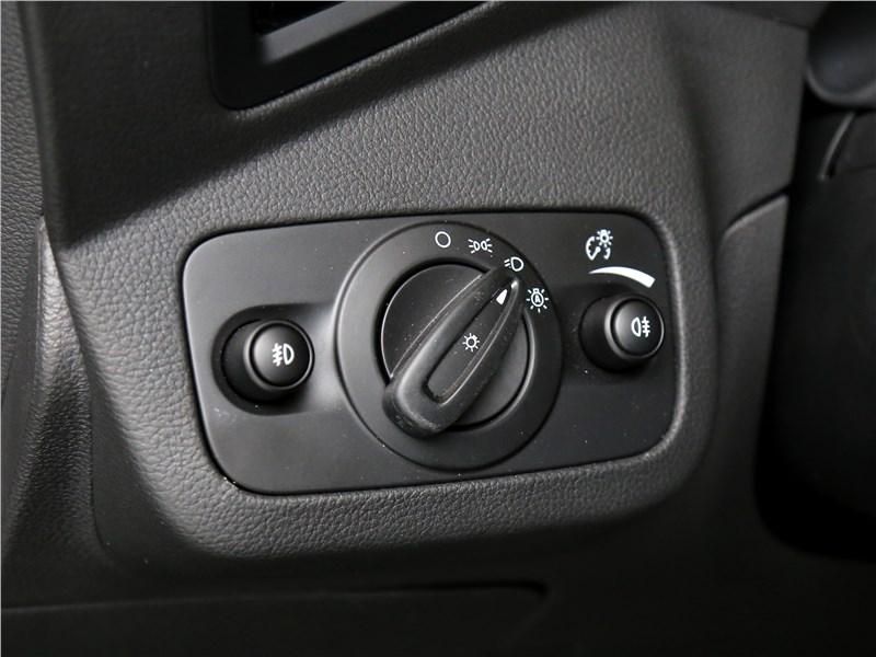 Ford Kuga 2017 управление светом