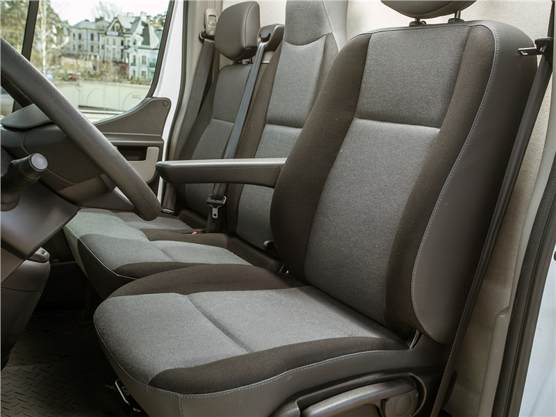 Renault Master 2014 кресла