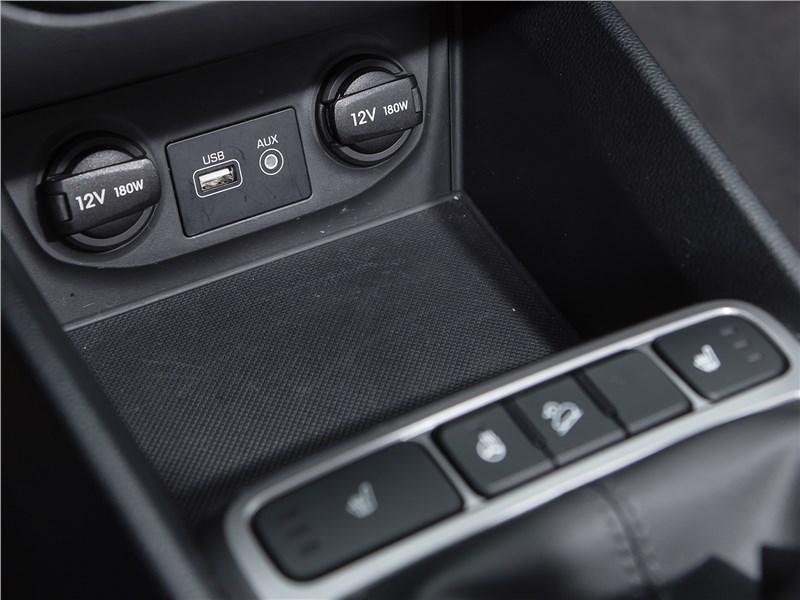 Hyundai Creta 2016 розетки