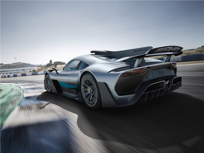 Mercedes-Benz AMG Project ONE Concept 2017 вид сзади