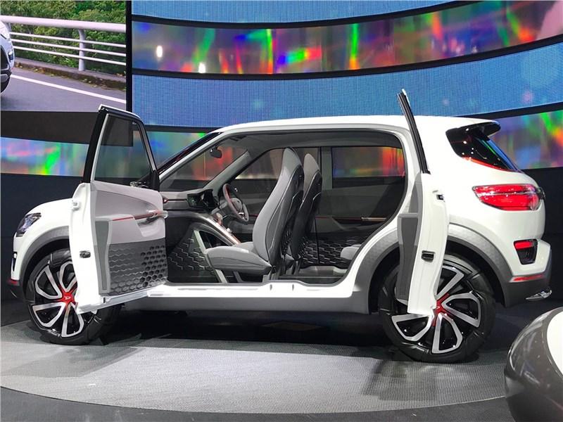Daihatsu DN Trec Concept 2017 вид сбоку