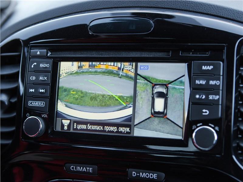 Nissan Juke 2017 дисплей