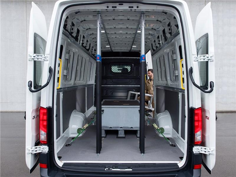Volkswagen Crafter 2017 вид сзади
