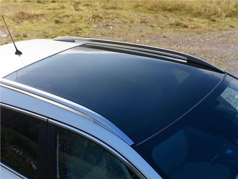 Nissan Qashqai 2014 панорамная крыша