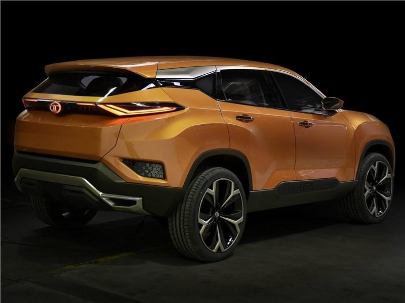 Tata H5X Concept 2018 вид сбоку сзади