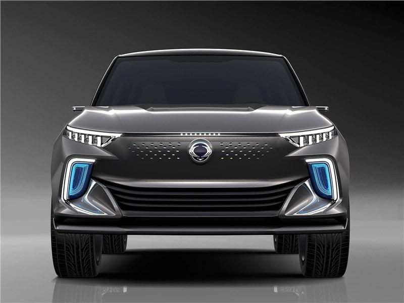 SsangYong e-SIV EV Concept 2018 вид спереди
