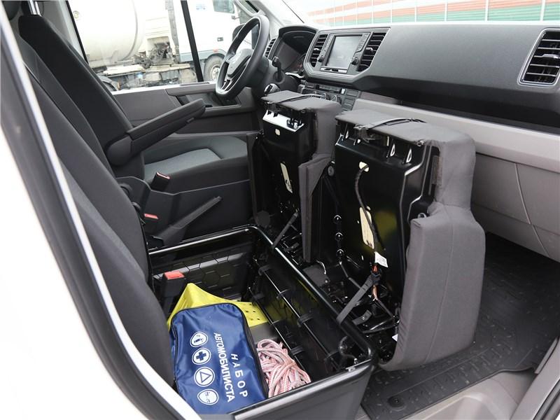 Volkswagen Crafter 2017 салон