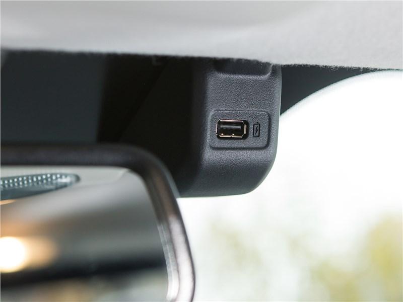 Ford EcoSport 2018 USB