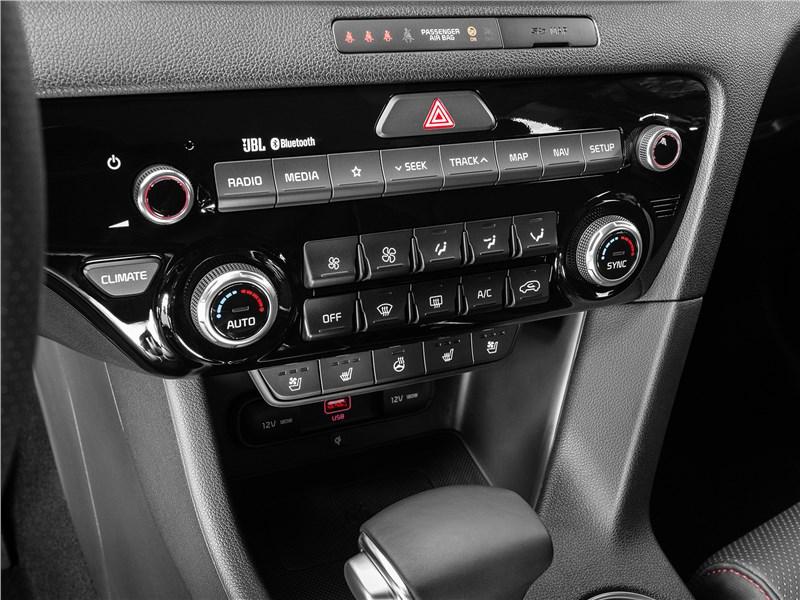Kia Sportage GT Line 2019 центральная консоль