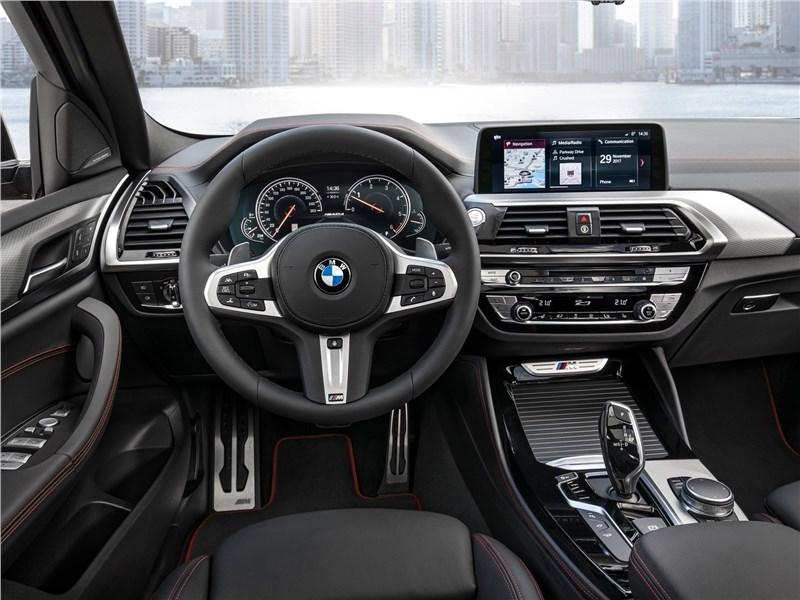 BMW X4 M 2019 салон