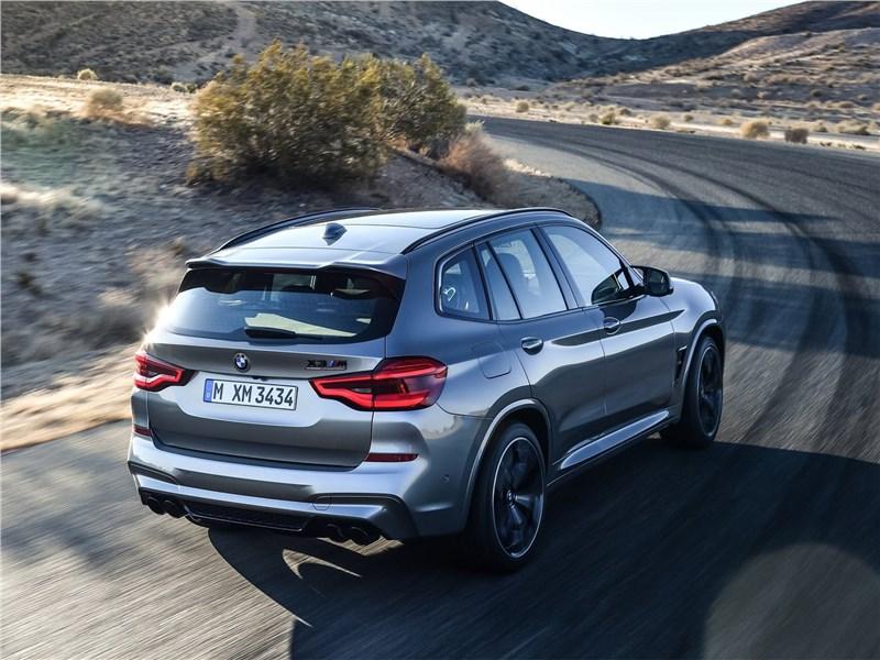 BMW X3 M Competition 2020 вид сзади