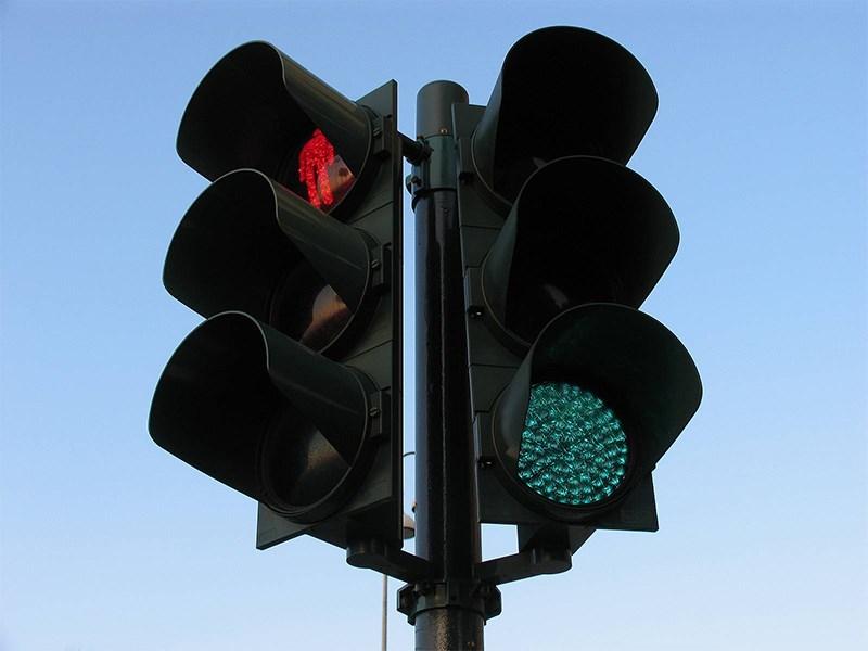 В Москве установят 100 «умных» светофоров Фото Авто Коломна