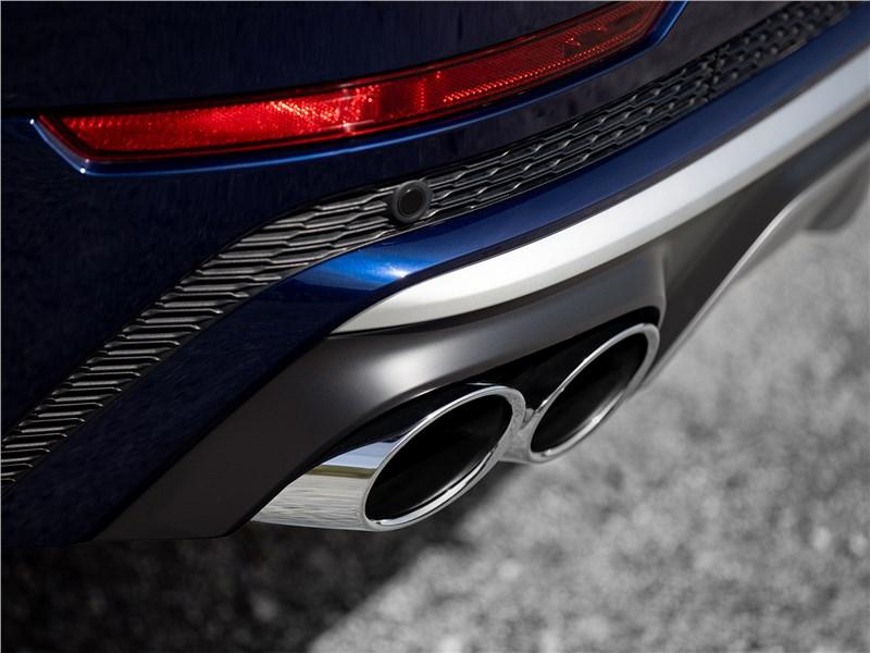 Audi SQ8 TDI 2020 выхлопная труба
