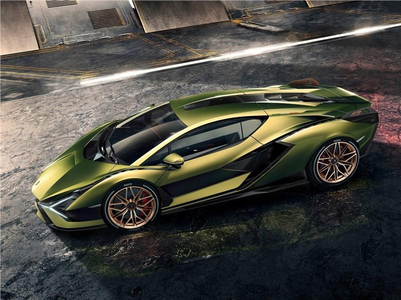Lamborghini Sian 2020 вид сбоку