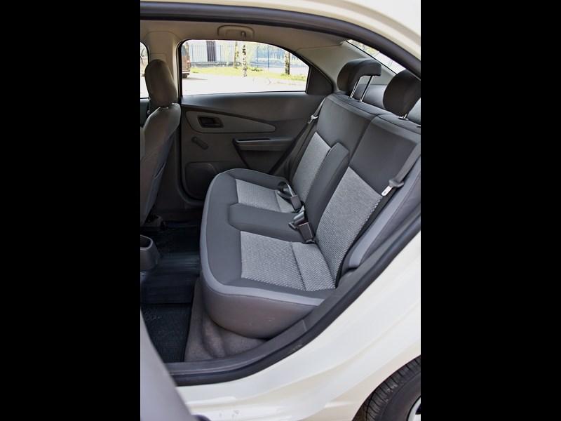 Chevrolet Cobalt 2013 задний диван