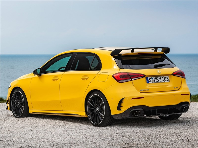 Mercedes-Benz A35 AMG 4Matic 2019 вид сзади