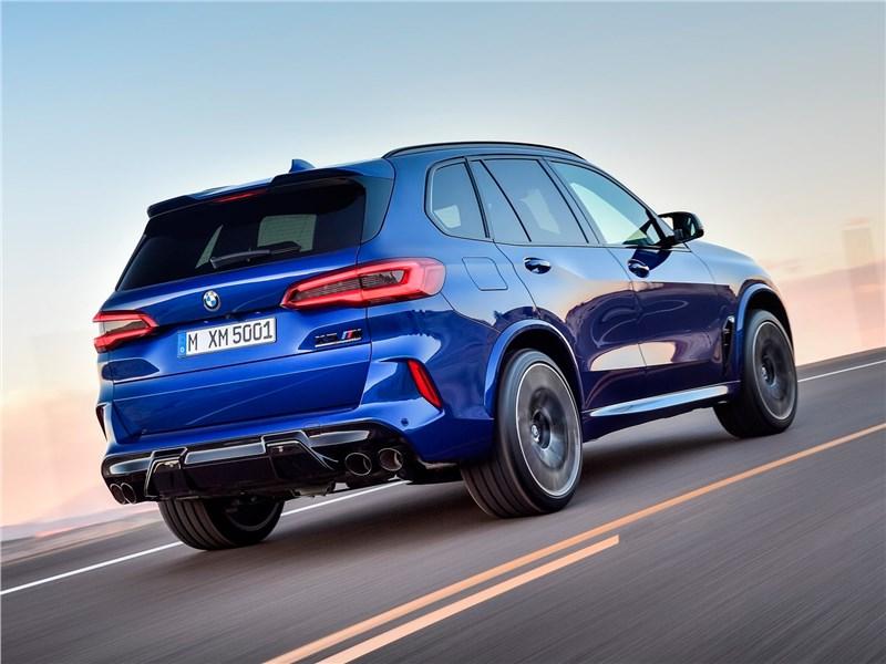 BMW X5 M 2020 вид сзади