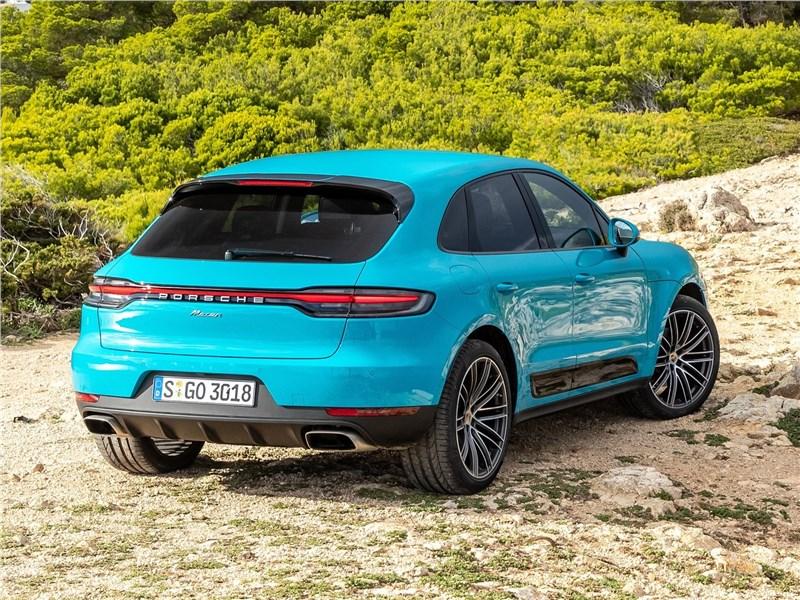 Porsche Macan 2019 вид сзади