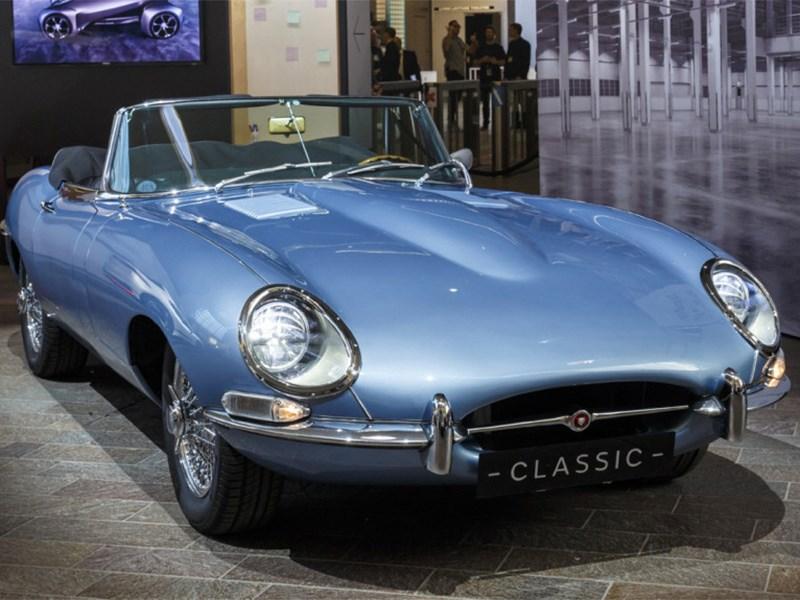 Jaguar приостановил проект E-Type Zero