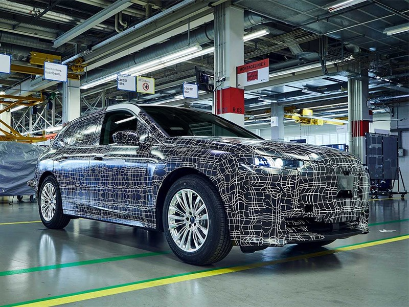 Инновационный кроссовер BMW получит «умные» стекла Фото Авто Коломна