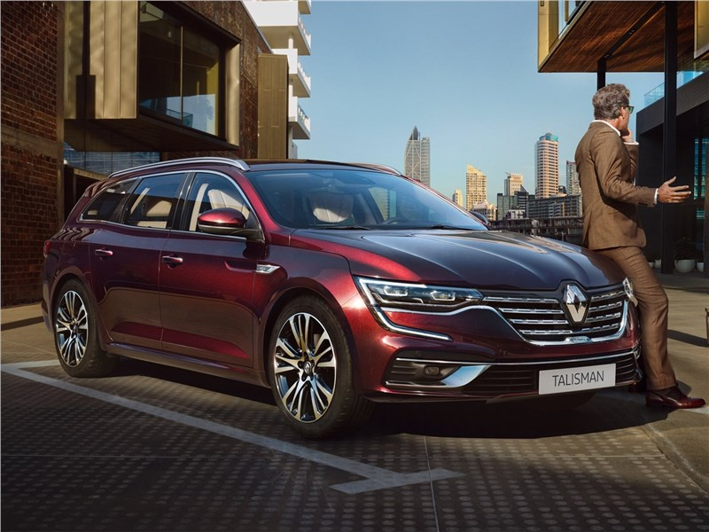 Renault Talisman Estate 2020 вид спереди