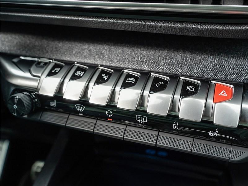 Peugeot 3008 2017 клавиши